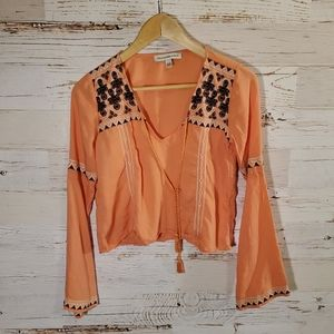 Abercrombie & Fitch embroidery blouse